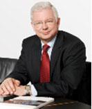 Mr Roland Koch